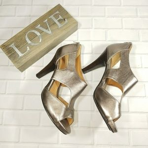 NWOB Sofft Pavia Shoes in Metallic Bronze